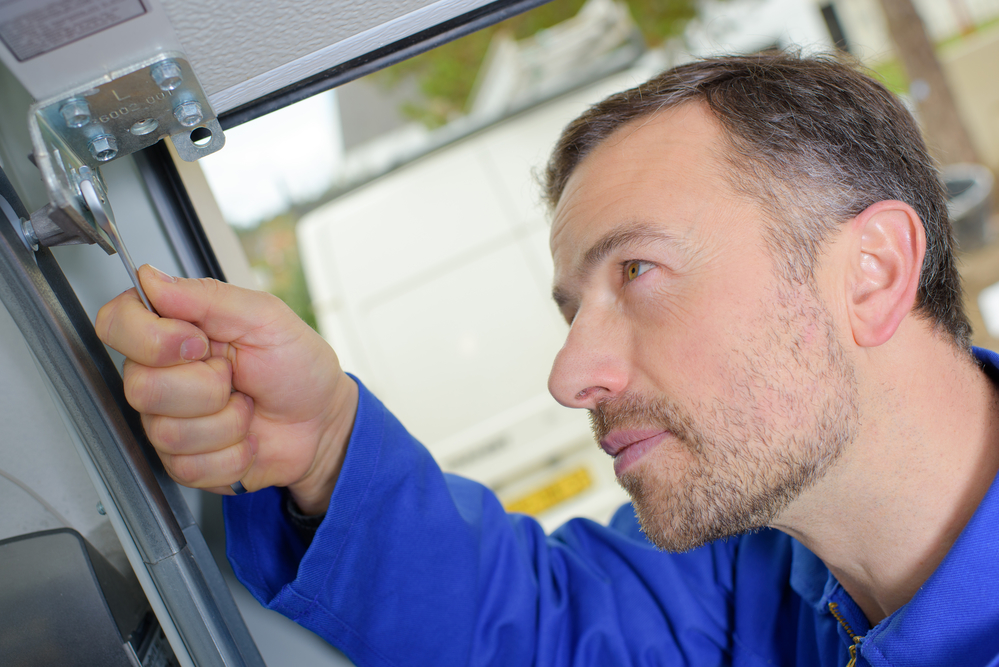 Your Guide to Garage Door Repair
